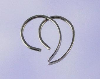 Tiny Apostrophe niobium earrings