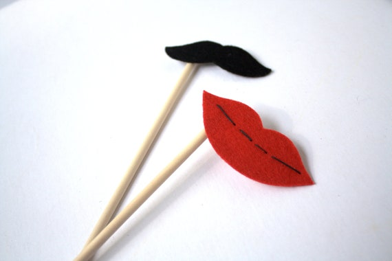 Photo booth Props. Wedding Photo Props. Mustache. Photo Props. Lips on a Stick. Mustache on a Stick - The Cute Couple Maro Kit