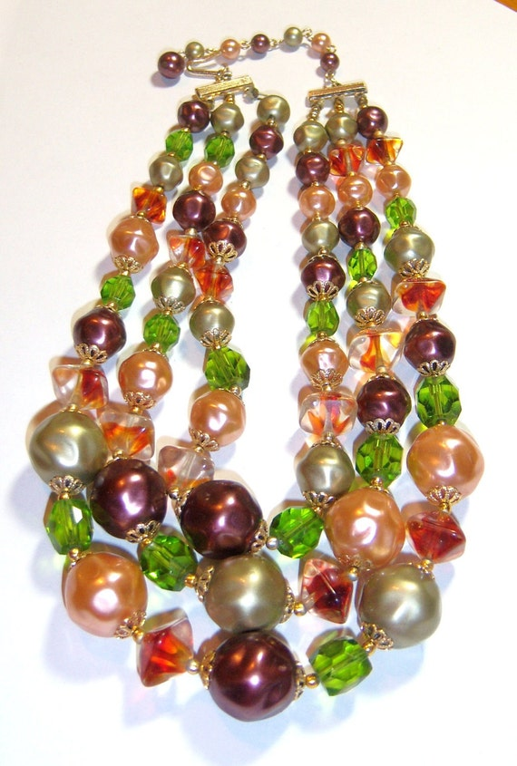 vintage three strands green brown et glass bead necklace