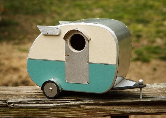 Vintage Camper Birdhuse