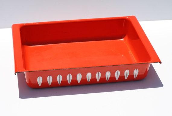Mid Century Modern Scandinavian Catherineholm Lotus Orange Enamelware Casserole Dish