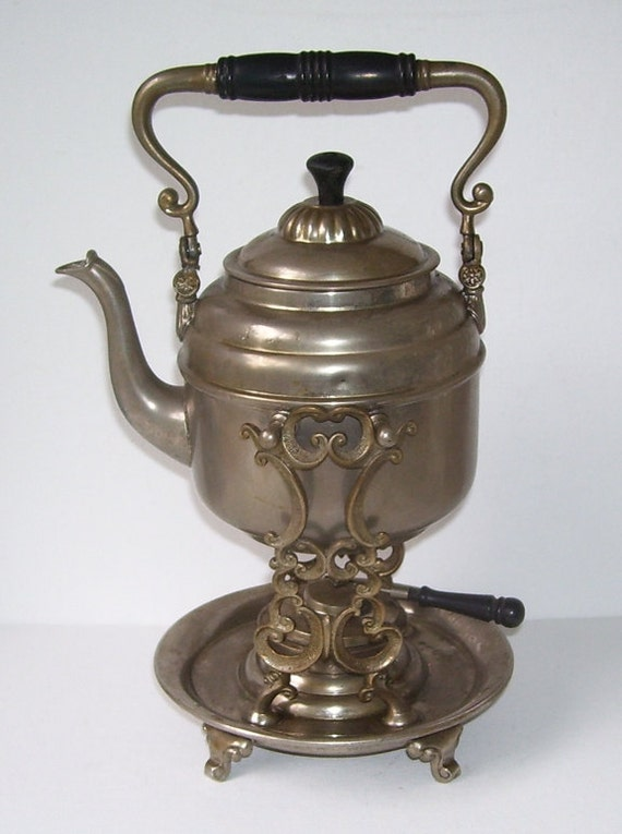 Antique Victorian 4 Cup Maids Metal Swinging Spirits Teapot