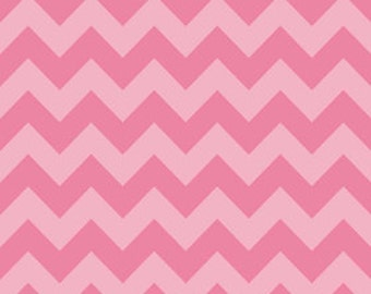 Medium Chevron Tone on Tone Pink by Riley Blake Designs, 1/2 yard