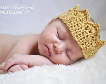 Crocheted Baby Tiara Crown in Gold, Photography Prop for Princess Girls and Prince Boys