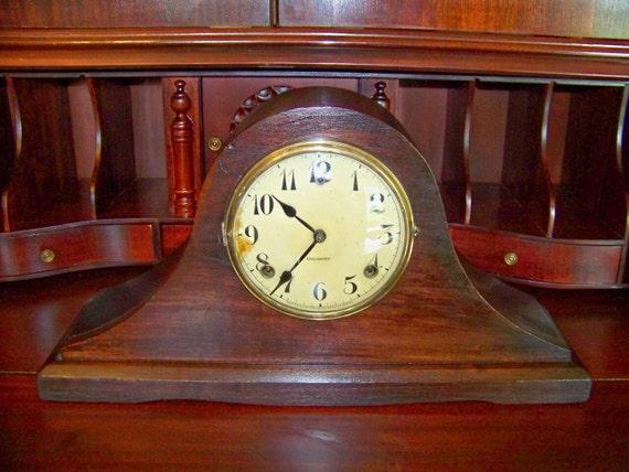 Vintage Wooden 1920s WM L Gilbert Tambour Mantel Clock