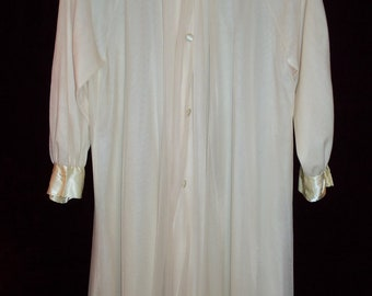Antique  Vintage 50s Chiffon Nylon and Lace Nightgown and Robe  Set