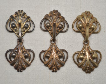 Hook and Eye Clasps Closures Neoclassical Heart 1 5/8 Inch Long X 7/8 Inch Wide