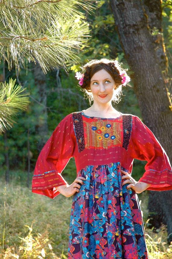 Vintage Ethnic Dress... Gypsy Maxi Dress... Folk Dress... THE MULTICOLORED VARDO (m)