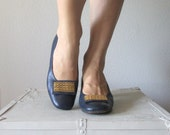 Vintage 1960s Mod Heels // 60s Blue Shoes with Gold Buckle // Size 7