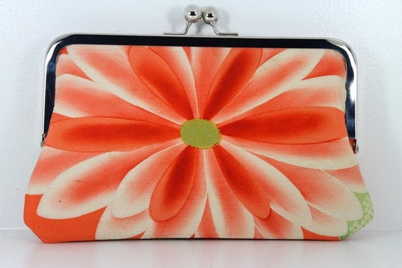 1940's Vintage Kimono Peach/ Coral Traditional Floral 8 Inch Chained Kisslock Clutch