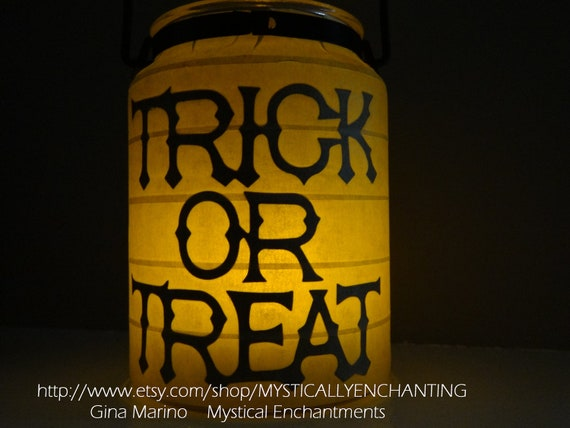 Halloween Lantern SCARY Raven & Trick OR Treat  2 in 1