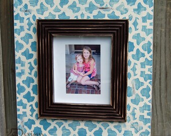 8x10 painted frame with fretwork pattern 6inch border with wide raised trim