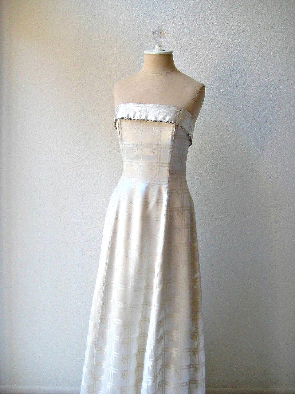 Sale vintage Jessica Mcclintock formal beige by