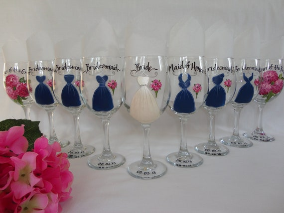 Hand Painted Personalized Bridal Party Dress Wine Glass Set - GIFT WRAPPING AVAILABLE