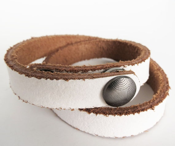 DOUBLE Wrap LEATHER BRACELET Blank -- 17 inches long -- Two Snaps -- White