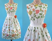 Vintage 1950's 50's Novelty Print Long Stem Roses Garden Party to Cocktail Party 1950s 50s So Mad Men Summer in Paris Dress