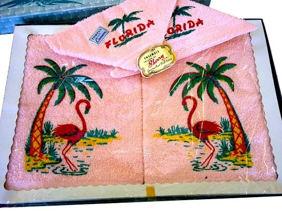 1950s  Cannon Florida Terry Cloth 4 Piece Towel Ensemble in Box  with Printed Flamingos and Palm Trees - In Gift Box  - Sherry Miami