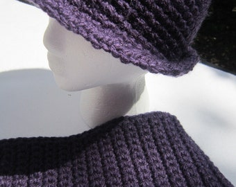 Crocheted Hat and Scarf Set in Deep Purple