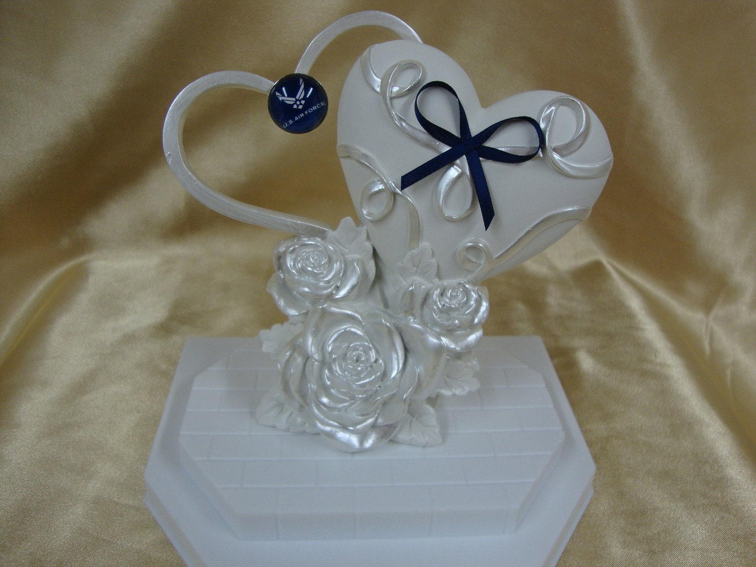 Wedding cake topper with air force decoration for Air force decoration