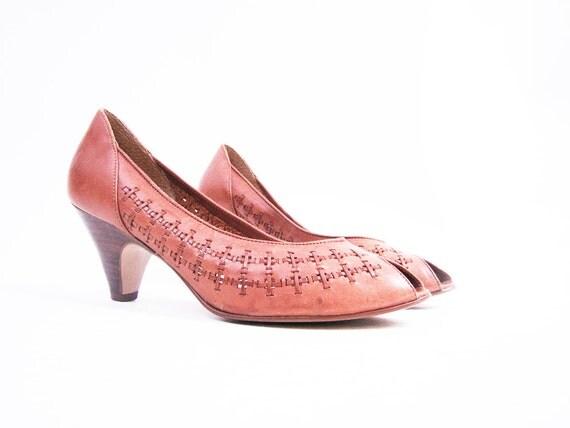 f i n a l s a l e Vintage Sienna Brown Leather Woven Open Toe Ethnic Heels Size 8