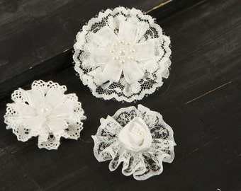 BRAND NEW: Tessitura B Vintage Style White Lace Fabric Flowers varying styles and sizes