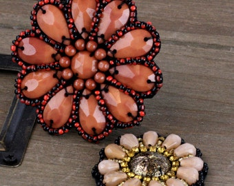 Craftsman Taos Beaded Patch And Fabric Flowers embellishment, flower center
