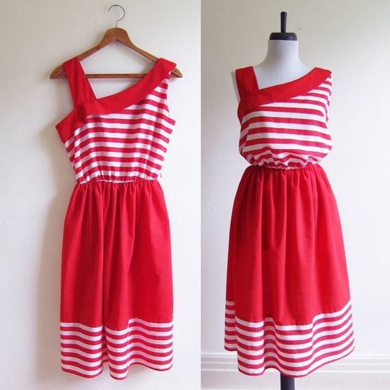 Vintage 1970s Dress / Red Striped Cotton SAILOR SUNDRESS / Size Medium or Large
