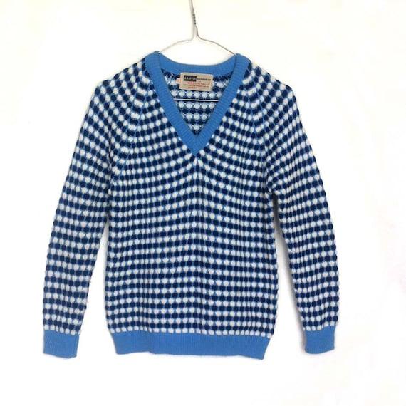 Henri Lloyd - White and Blue Dots - 1960's Knitted V-neck Jumper - Vintage Sweater - Boys/Unisex