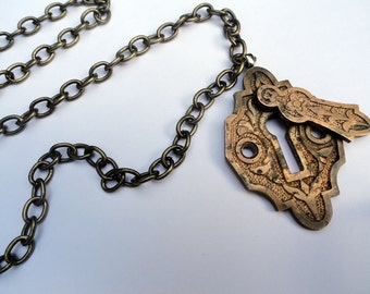 Vintage Key Hole Steampunk Necklace