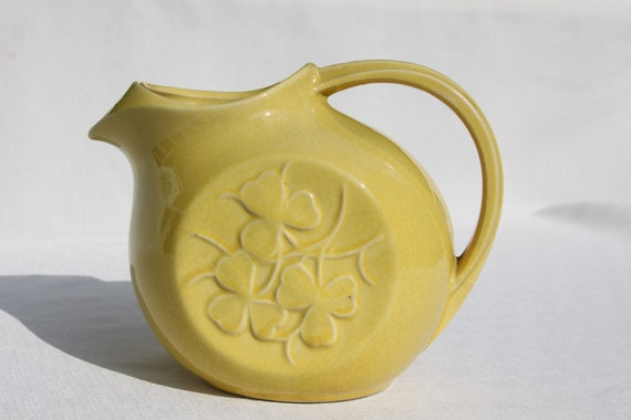 RESERVED McCoy Clover Leaf Pitcher Vintage Yellow Large with Ice Lip The Real McCoy