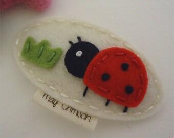 Felt hair clip -No slip -Wool felt -Lucy the ladybird -cream