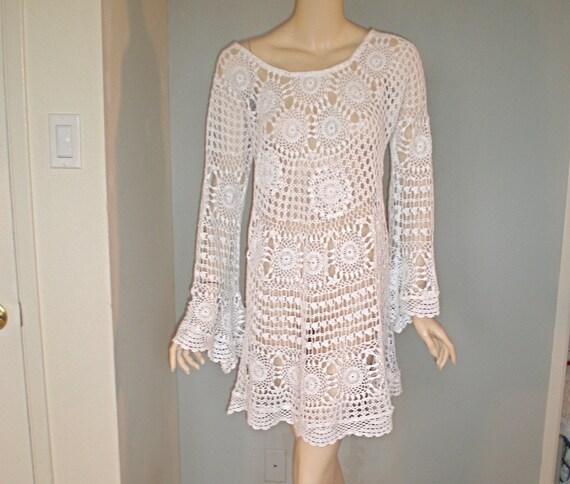 White Drapey Vintage CROCHET Dress LACE Scalloped Hems ooak m-L