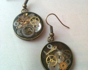 Antiqued Brass Clockwork Clutter Round Earrings