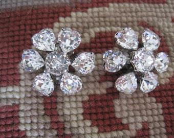 Vintage Weiss Heart Shaped Rhinestone Earrings Bride Bridal Wedding