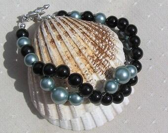 """Black Onyx & Green Shell Pearl Crystal Gemstone Bracelet """"Everglade"""", Onyx Bracelet, Pearl Bracelet, Black Bracelet, Green Bracelet, Summer"""