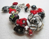 Sugar Skull Jewelry / Day of the Dead / Dia de los Muertos / Black / Red / White Cowgirl Charm Bracelet - CaTRiNa BLaCK aNd ReD
