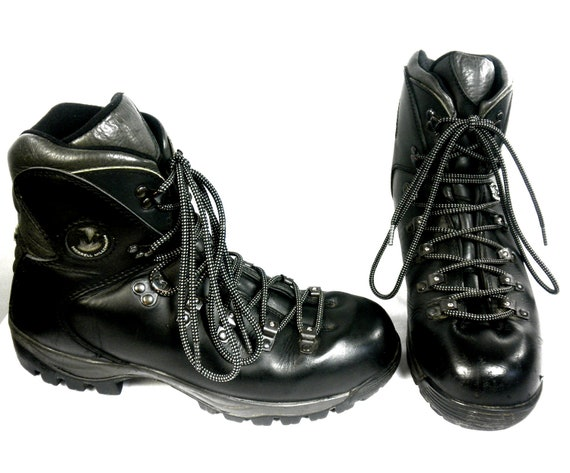 Merrell Millennium M2 Hiking Boots, Merrell Black Leather, Vibram Soles, Rounded Alpine Toe