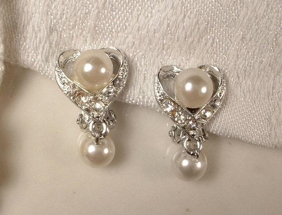 Vintage White Ivory  Pearl & Rhinestone Bridal Dangle Earrings Clip Back MINT
