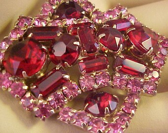 Gorgeous Vintage Ruby Red/Pin Rhinestone Brooch/Pin