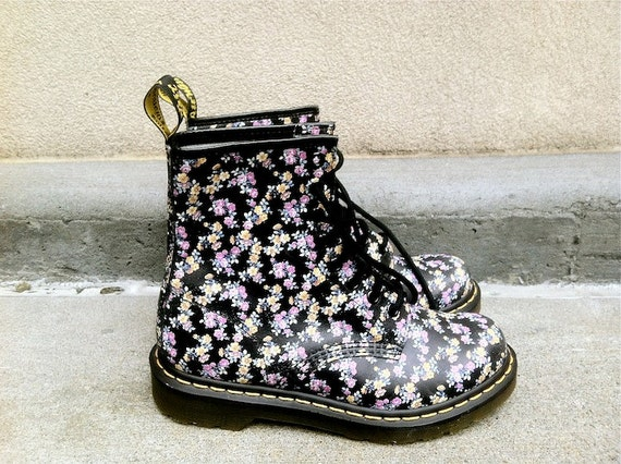Model Cute Floral Combat Boots These Floral Doc Martens