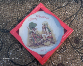 PRICE REDUCTION - Christmas 1979 by Holly Hobbie  Collectible Porcelain Plate- Commemorative Edition - NOS