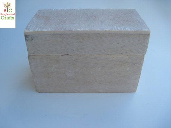 "Unfinished Wooden Small box/chest with lift-off lid (5.75"" x 3.75"" x 4""H. )"
