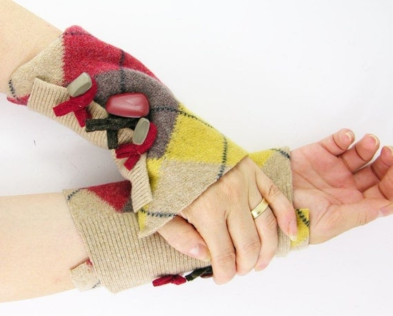 arm warmers fingerless mittens wrists warmers arm cuffs fingerless gloves recycled wool beige yellow red argyle eco friendly curationnation