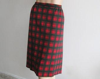 Vintage 60s Skirt Italian Designer Marchesa di Gresy Red & Green Wool Blend Plaid Knit Skirt