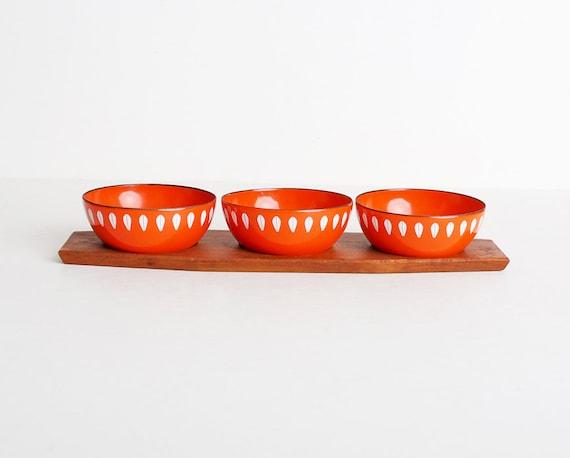 Vintage 60s Cathrineholm Lotus Orange & White Enamel Bowls w/ Teak Tray