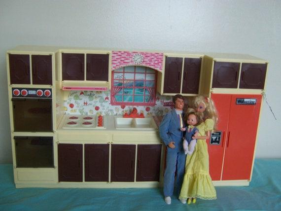 Wolverine sunny suzy vintage 70s barbie doll modern kitchen for Barbie kitchen set 90s