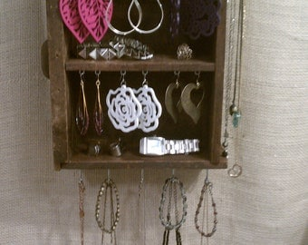 Upcycled Jewelry Organizing Display (Wood 2-section Drawer)