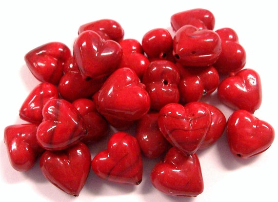 VINTAGE Glass HEART Beads 12mm Deep ReD Twenty Five (25) Red Hot Hearts Unused Store Stock Jewelry Destash (L47)