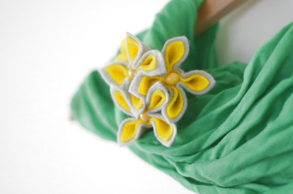 Grey and Yellow Flower Brooch