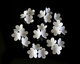 100 Wafer Classic 5-petal Flowers in White, Red or Peach
